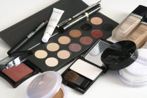 makeup - grooming for women