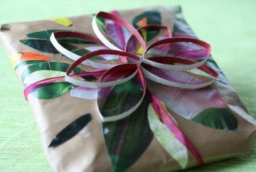 handmade giftwrapper