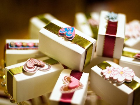 Ideas For Personalized Wedding Favors And Return Gifts That Guests